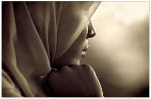 sad_hijabi_large
